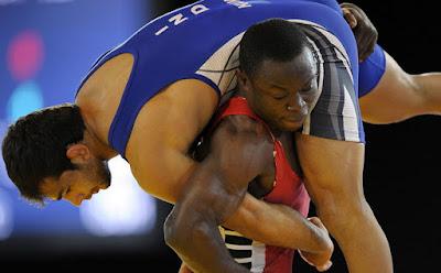 nigerian wins wrestling africa