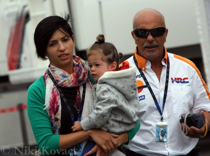 Andrea Dovizioso's Wife Denisa and Daughter Sara (Photo) - playersGF.com