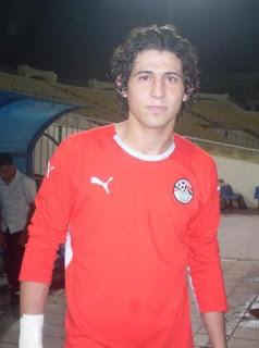 موقع فوتبول داتا بيز يضع أحمد حجازى فى قائمة ويست بروميتش الإنجليزى