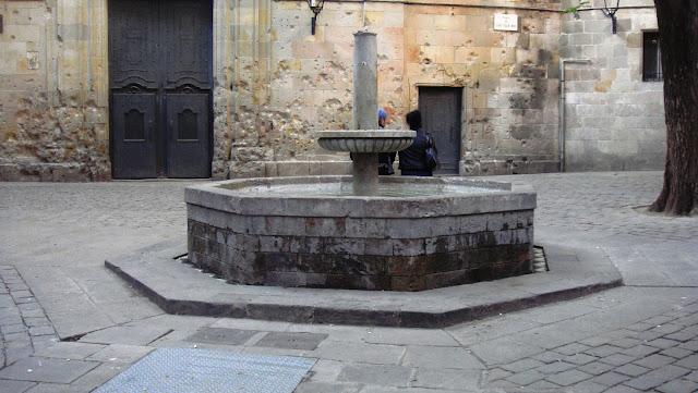 Fuente de la Plaça Sant Felip Neri, Barcelona