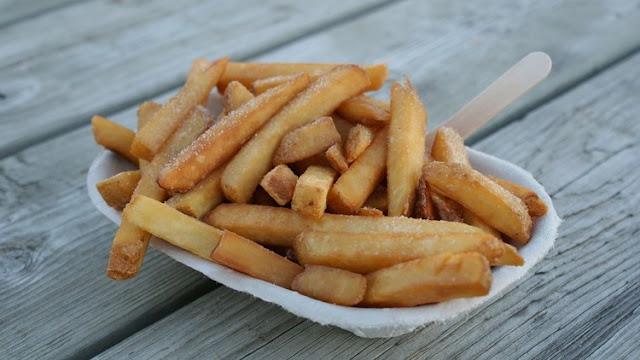 Revelan el mayor peligro de comer patatas fritas
