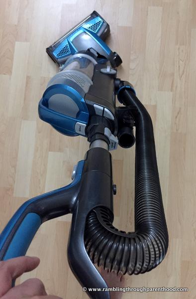 Swivel steering on the Bissell PowerGlide vacuum cleaner