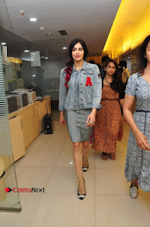 Vidyut Jamwal Adah Sharma Commando 2 Movie Team at Radio Mirchi 95  0024.jpg