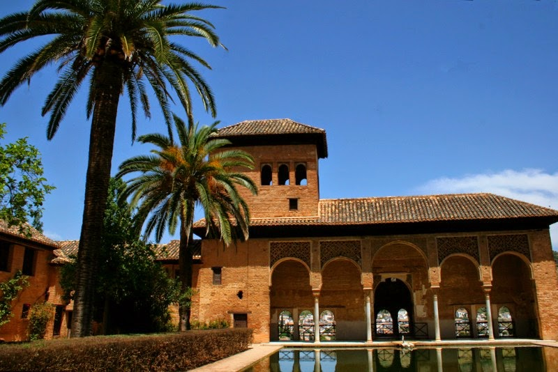 Bike Tours to Granada are a great way to Cycle Andalucia and see the Alhambra Palace!