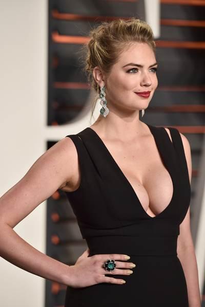 Arits Model Wanita Tercantik Terseksi Super Hot di Dunia