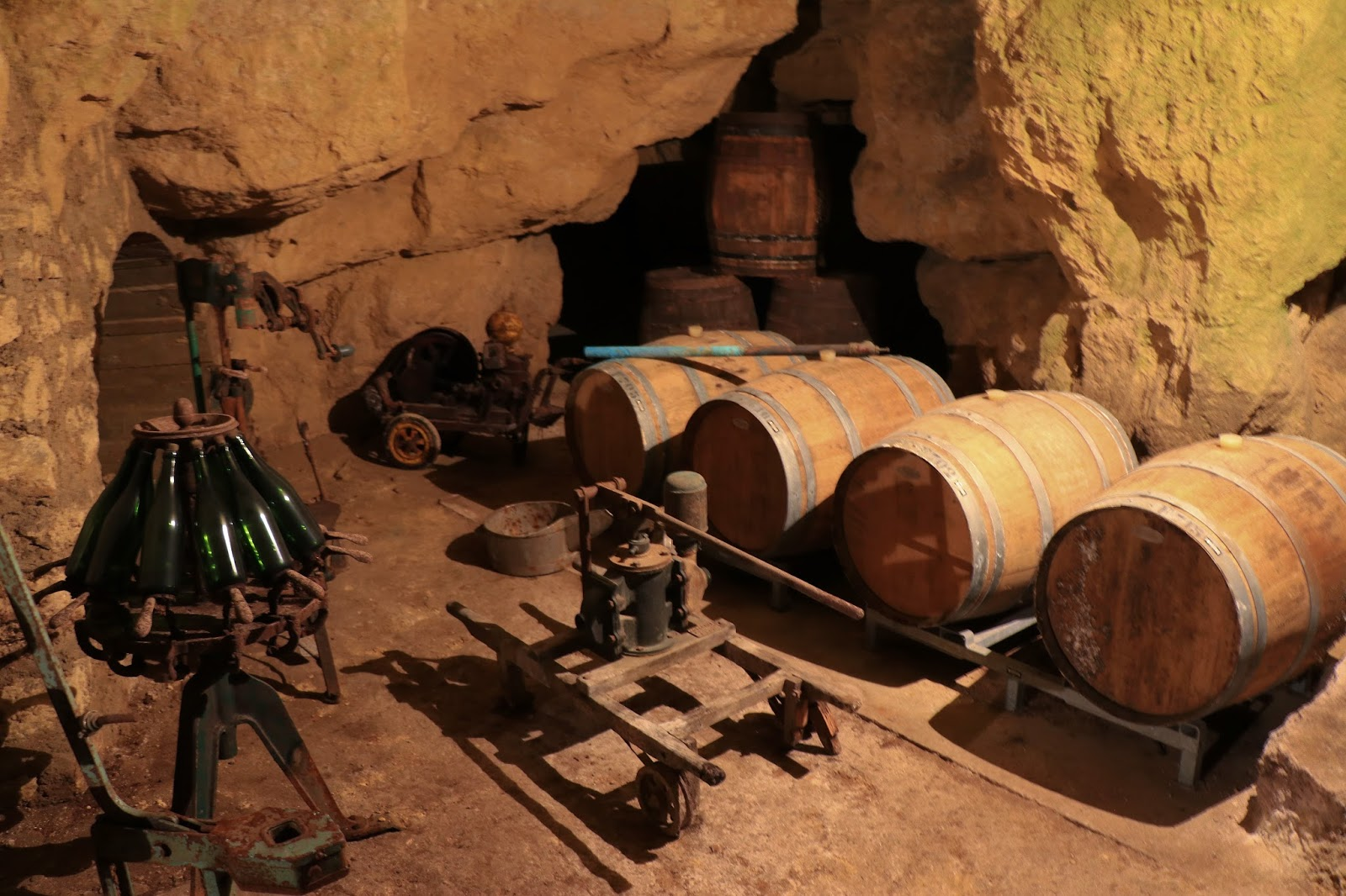les gommettes de melo chateau thierry festival champagne et vous vigne route vin picardie aisne tourisme activites famille city guide vacances caves pannier