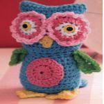 http://www.crochetkingdom.com/cute-crochet-owl-pattern/