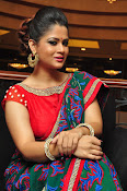 Shilpa Chakravarthy New sizzling photos-thumbnail-11