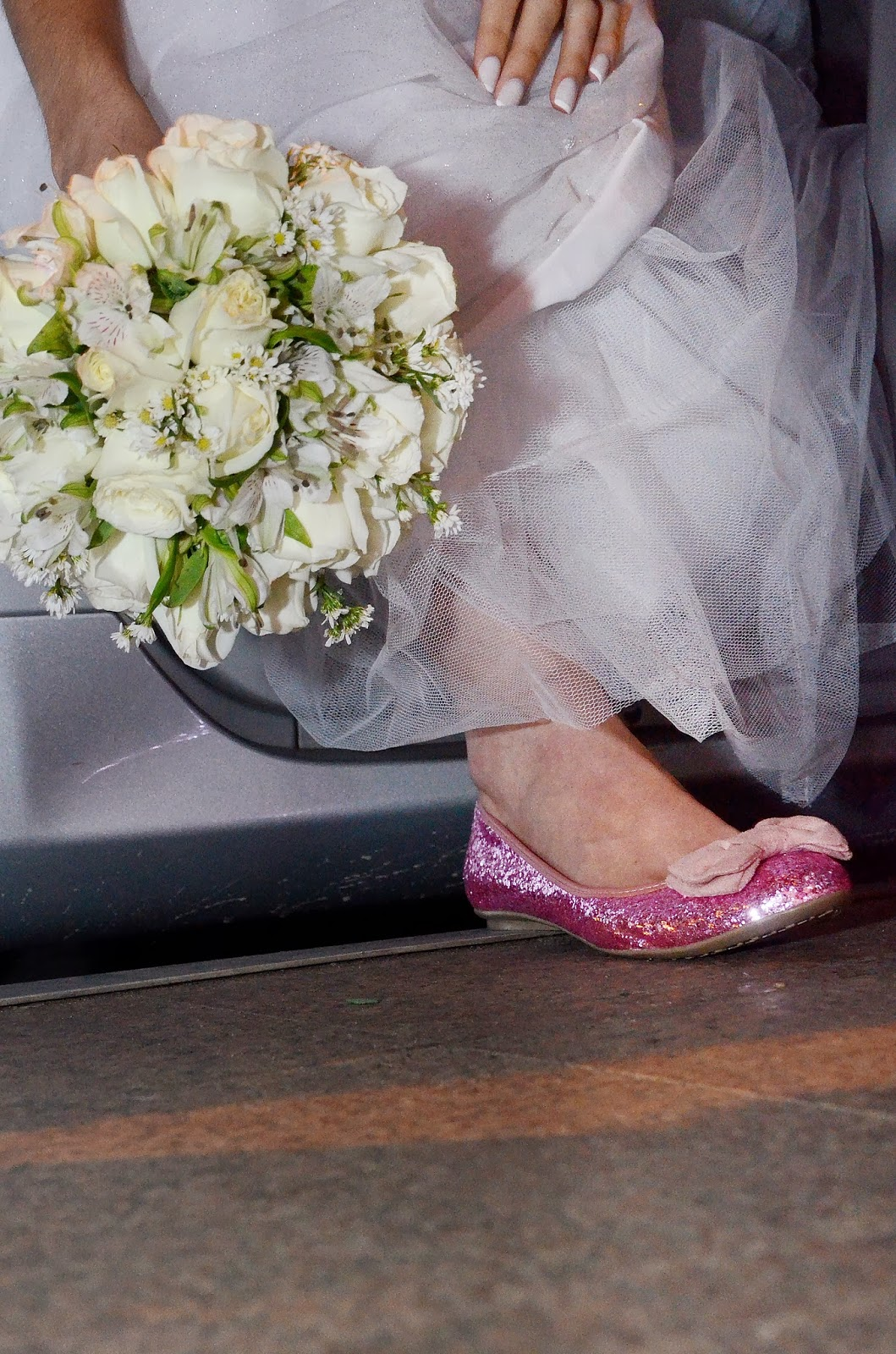 noiva - bouquet - sapato da noiva - noiva de sapatilha