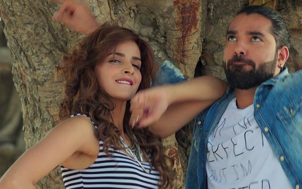 New Pakistani Songs 2017 Lahore se Aagey Kalabaaz Dil Zara Si Laga Lo Music Video