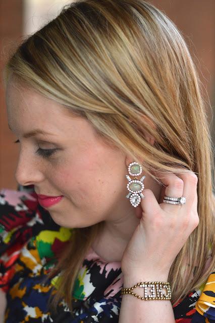 pretty-statement-earrings