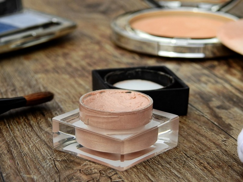 Staying Ahead of Makeup Expiration Dates