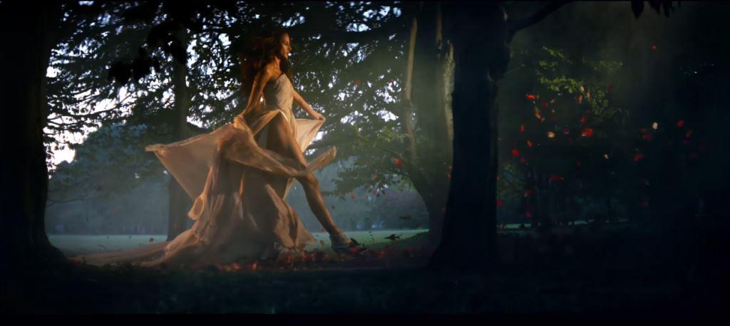 Alfa Romeo pubblicità Stelvio, video presentazione con Foto testimonial: modello e modella