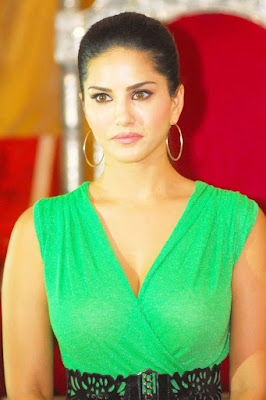 sunny-leone-feels-that-she-is-business-person-first
