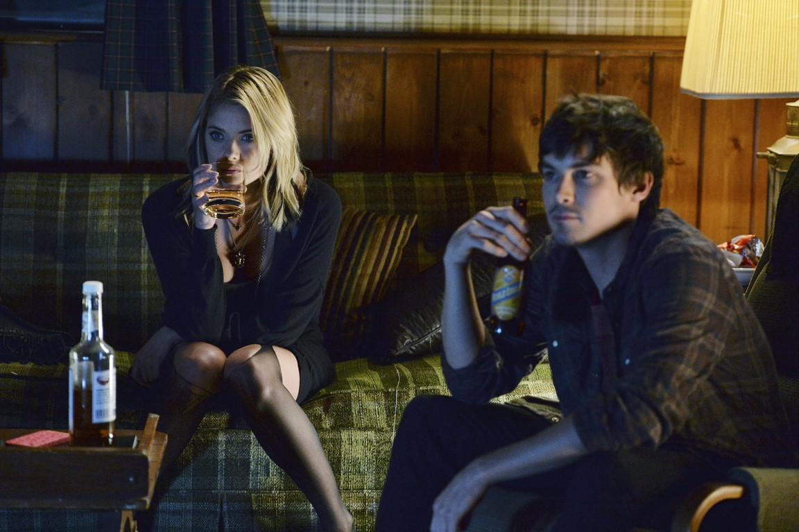 Pretty Little Liars - Season 5 Episode 08: Scream for Me