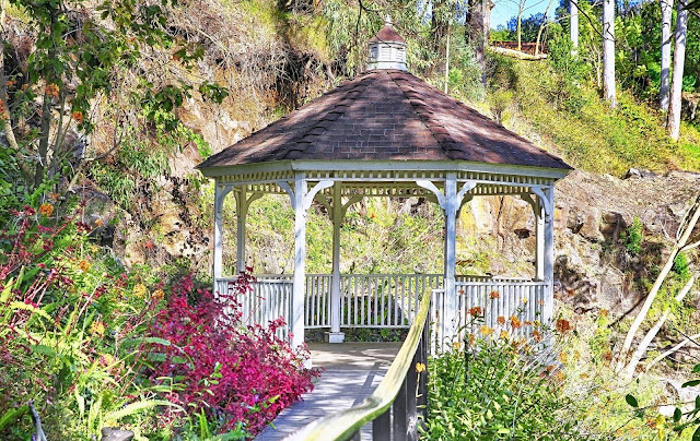 Kula Botanical Garden gazebo