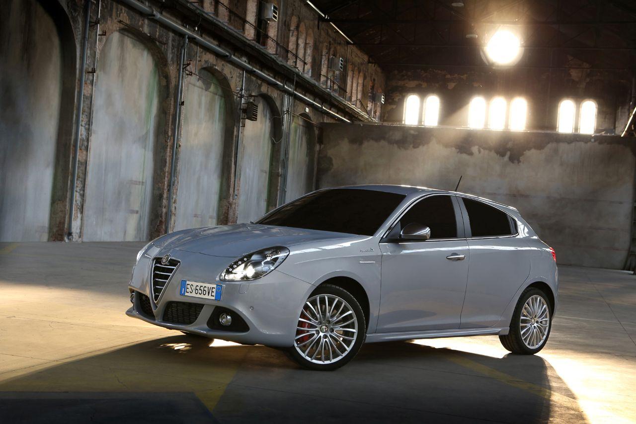 131021 AR giulietta my14 07 Νέος πετρελαιοκινητήρας 120 ίππων για την Giulietta και με τιμή από 21.370€