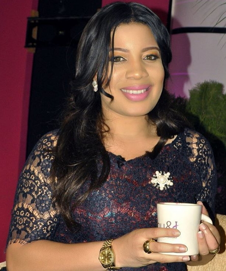 newly married monalisa chinda returns to work