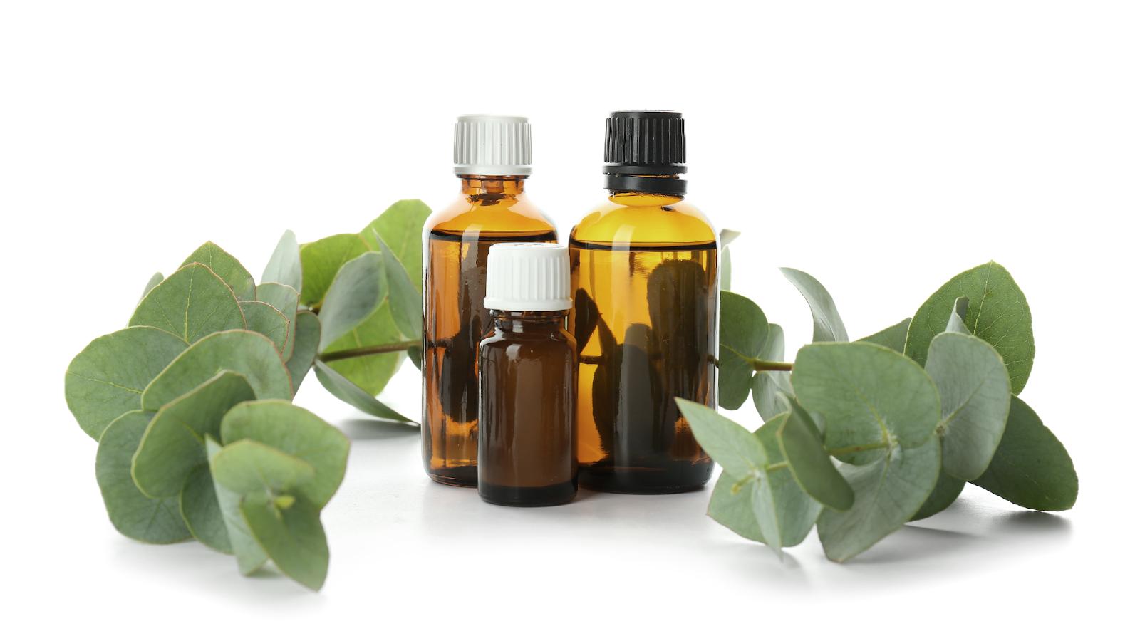 O oczyszczaniu twarzy olejami słów kilka. Przegląd olejków hydrofilnych.
