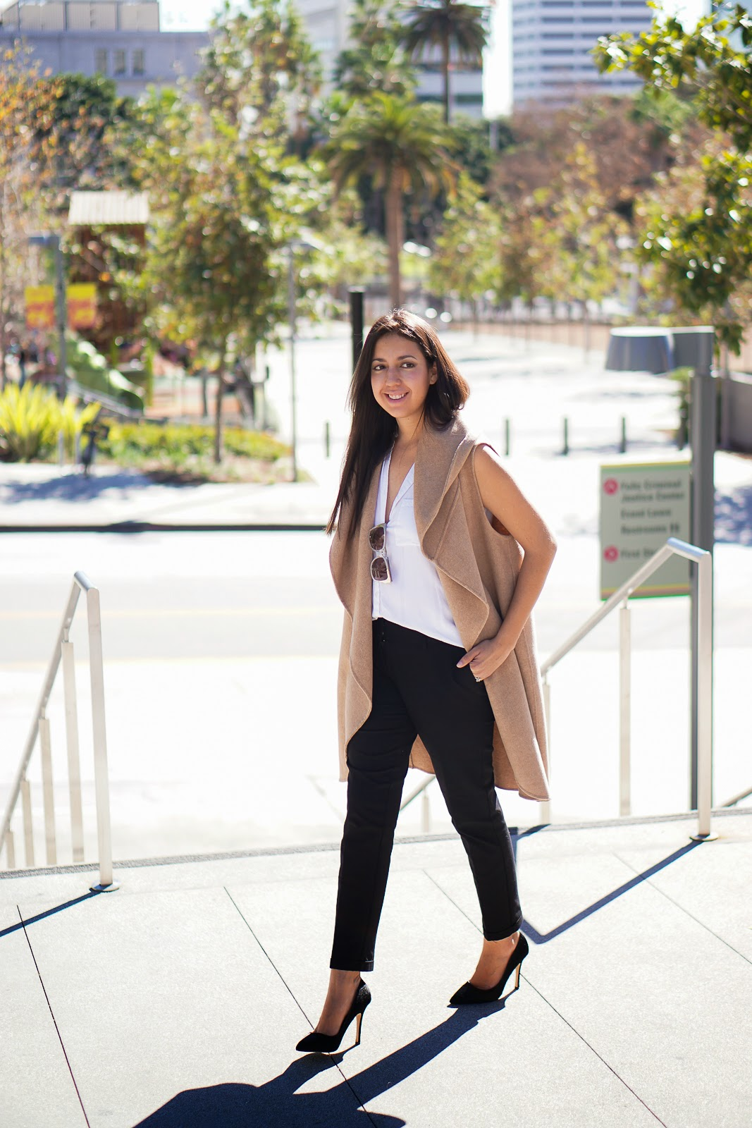 Lookbook, Zara Camel Vest, Camel Vest, Zara Vest, Shoemint Heels, Black Heels, Black Pumps, Aldo Bag, Zara Hand Made Long Waistcoat, Zara Camel Waist Coat, How to Style a Camel Vest, LA Fashion Blogger, Latina Fashion Blogger