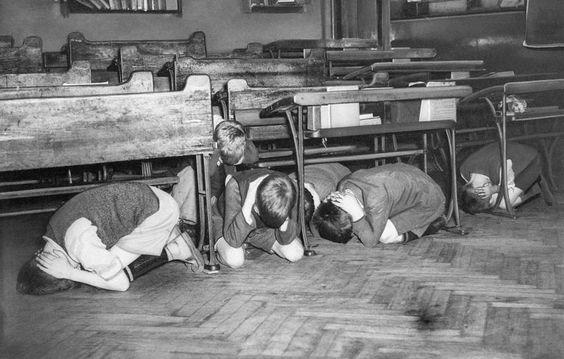 20 July 1940 worldwartwo.filminspector.com schoolchildren London air raid drill