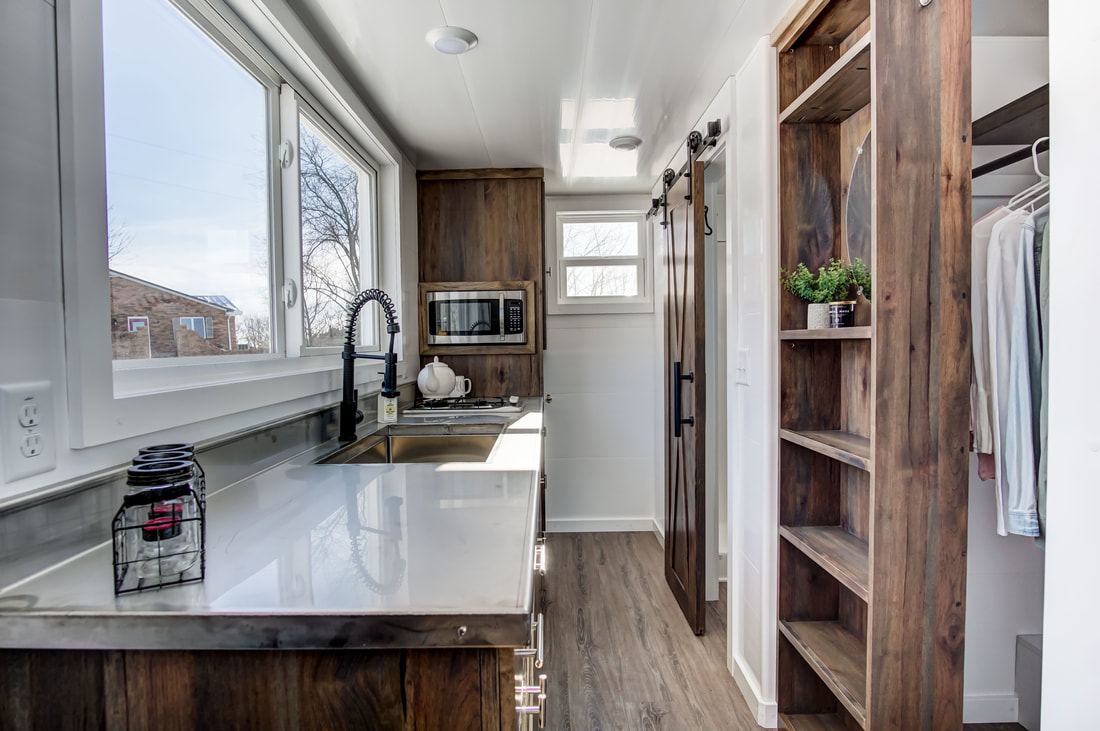 TINY HOUSE TOWN: The Cocoa From Modern Tiny Living