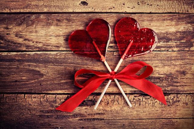 dolci san valentino biscotti forma cuore dolci a forma di cuore macarons a forma di cuore decorare dolci san valentino san valentine's day sweets