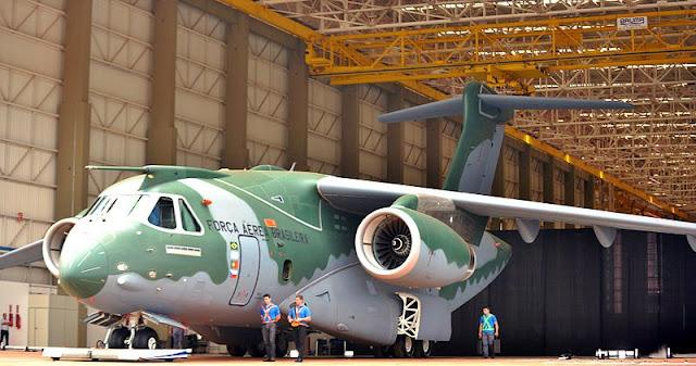Gambar 25. Foto Pesawat Angkut Militer Embraer KC-390