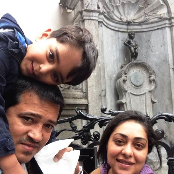 Meghna Gulzar with son and husband