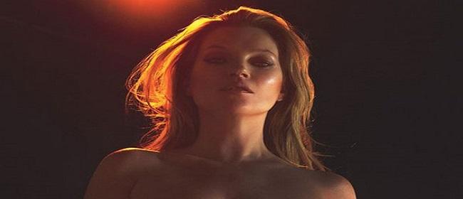 Kate Moss se quita la ropa