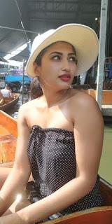 Roshni Prakash hot