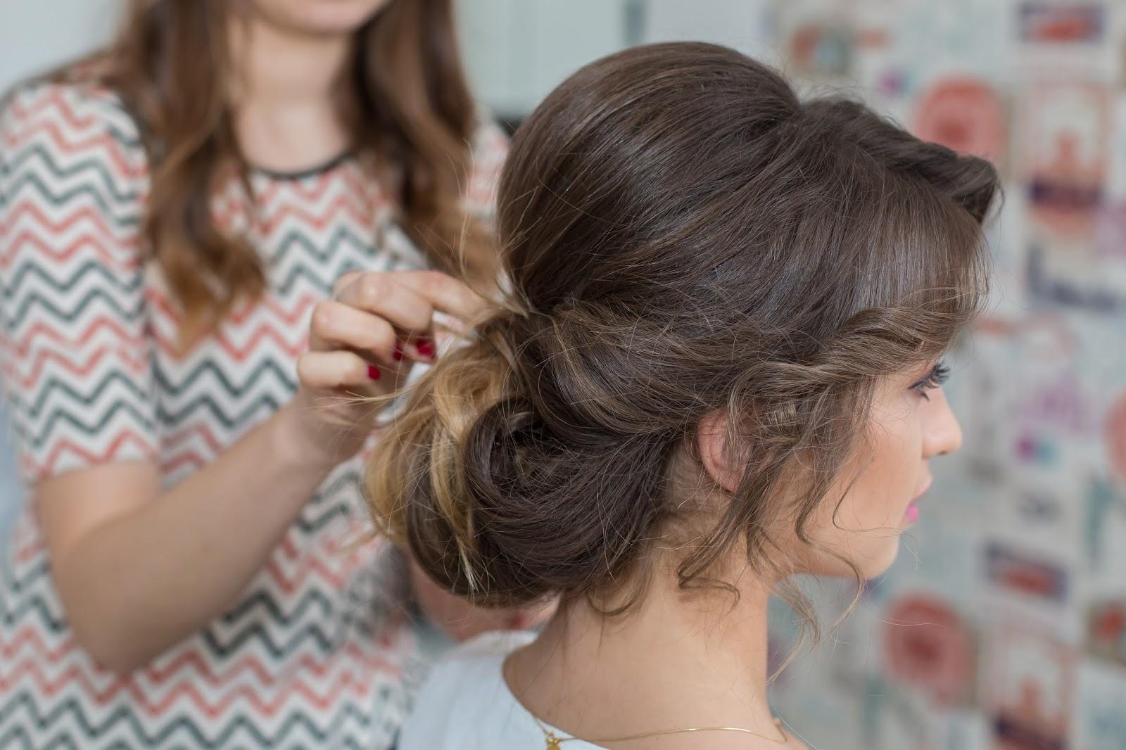 Fryzury Na Sylwestra I Studniówkę Prom Hairstyle Styloly Blog By