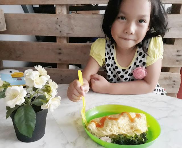 Nasi Goreng Resipe, fried rice recipe, simple fried rice for kids, resipi nasi goreng mudah, resipi nasi goreng mudah untuk anak-anak, dumex dugro, susu dugro,