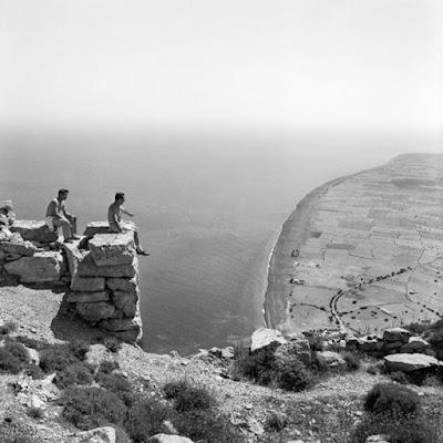 Οδοιπορώντας στη «Χρονογραφία» για τα 180 έτη της Αρχαιολογικής Εταιρείας