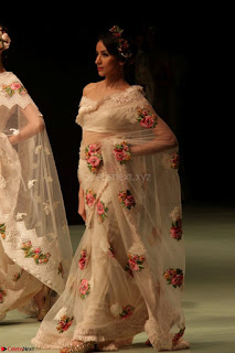 Pallavi Jaikishan Celete 45year In Industry witha beautiful Fashion Show 23.JPG