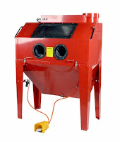 sandblasting cabinet with light and dust collection