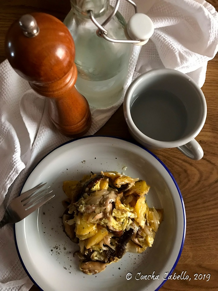 revuelto-shiitake-patatas-cebolla