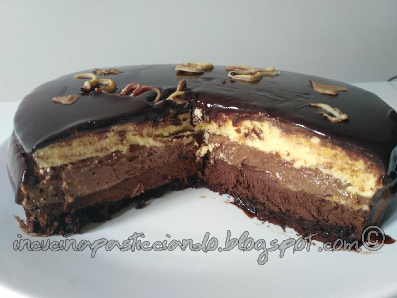 Torta mousse ai tre cioccolati con glassa a specchio - Glassa a specchio knam ...