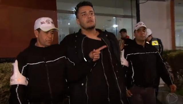 Oficial de Justiça é detido com armas e bomba caseira em SP