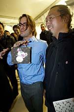 Marc Jacobs與村上隆 | © style.com
