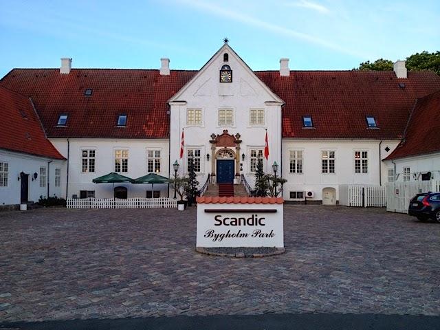Scandic Bygholm Park er et vakkert hotell. Bor du ikke her, kan søndagsbuffeten være verdt å få med seg.
