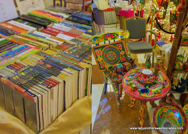 books in Movenpick Ibn Battuta Christmas market