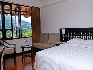 kamar hotel the hills bukittinggi