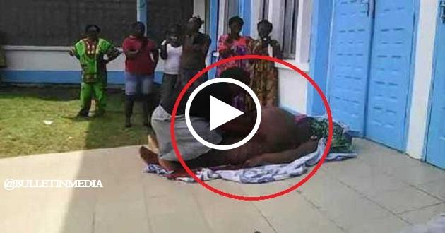 Rakaman Video VIRAL Kejadian Wanita Ini Terpaksa BELAH PERUT Makciknya Sendiri Kerana…..Lihat Pada Minit Ke-0.35 Apa Yang Dikeluarkan