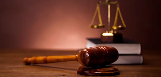 Administracion de Justicia y Derecho Constitucional