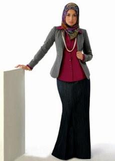 Model Baju Kerja Wanita Berjilbab Terbaru