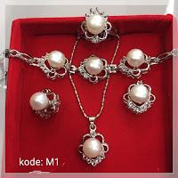 Jual Set Perhiasan Mutiara Pink