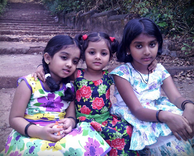 Niranjana, Kezia and Greeshma -Janikutty's of Manjurum Kalam Serial