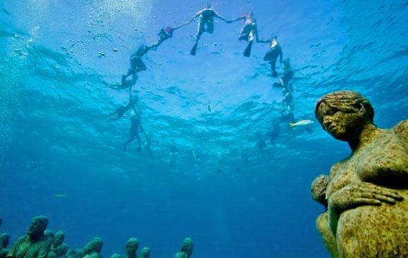 メキシコ・カンクンにある海の中の美術館??サンゴも守る?【a】MUSA海底美術館