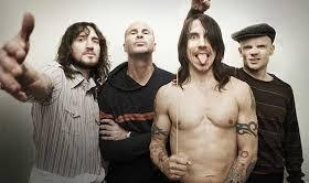 Red Hot Chili Peppers lança Dark Necessities